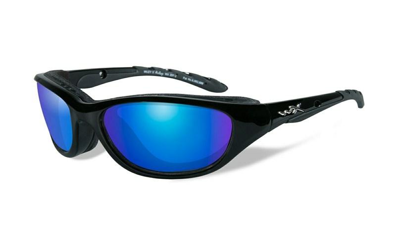 /produkty/193/polarizacne-okuliare/Wileyx/Okuliare-AIRRAGE-Blue-Mirror-Gloss-Black-Frame