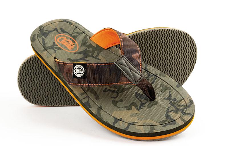 /produkty/62/obuv/Fox/Zabky-CHUNK-Camo-Flip-Flops
